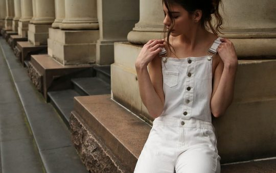 Des pantalons blancs pour vos meilleurs looks