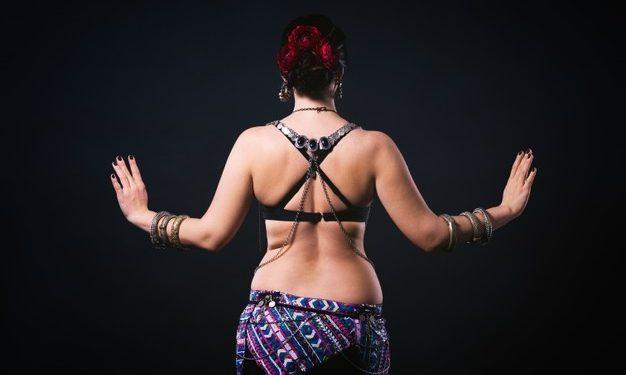 Pourquoi et quand porter des bijoux de dos ?