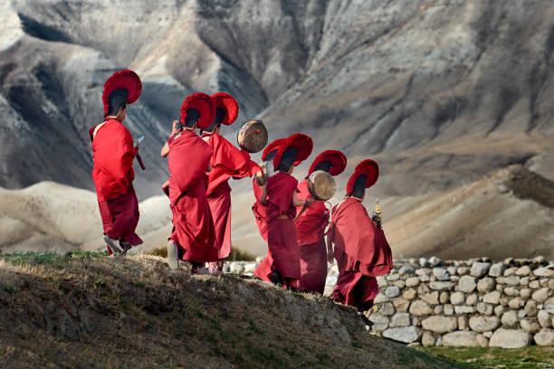 Quels sont les habits traditionnels népalais ?